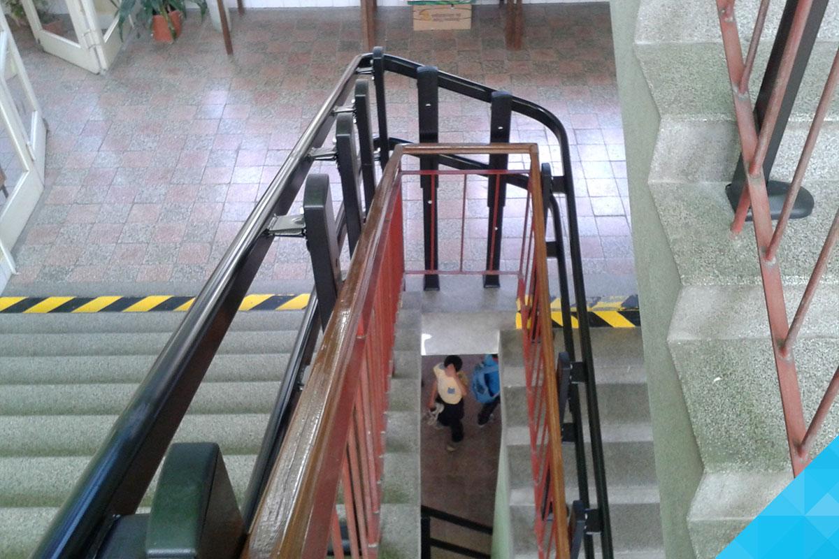 Kolaje šikmej schodiskovej plošiny