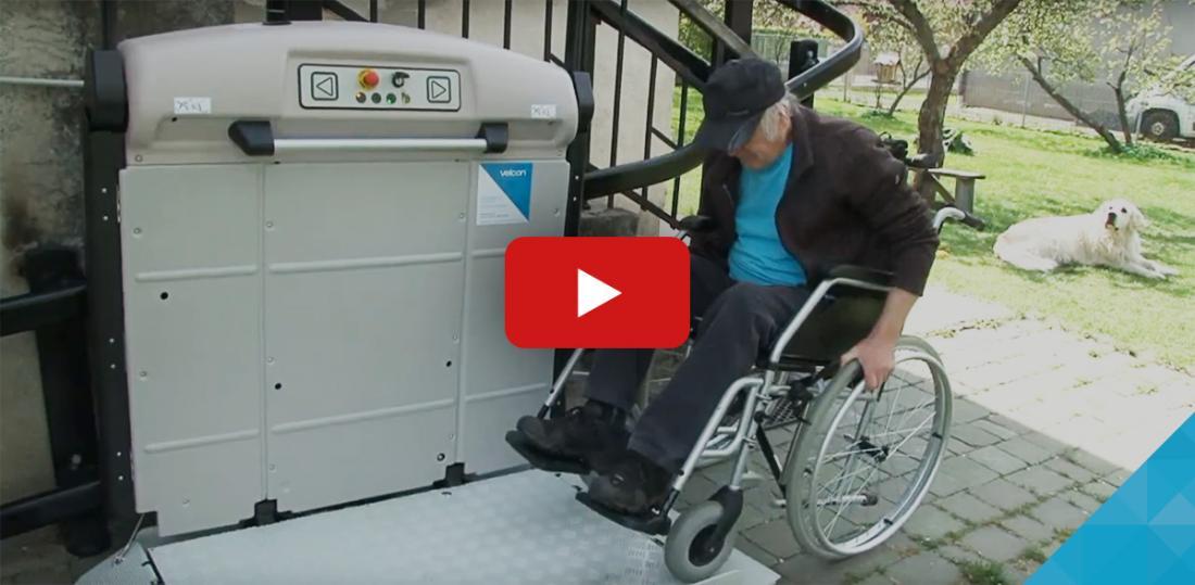 VIDEO – Šikmá schodisková plošina
