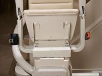 Schodisková sedačka freelift – Zložená