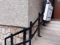 Šikmá schodisková plošina V65 pre vozíčkarov